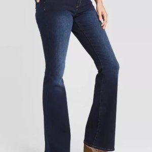 Universal Threads High-Rise Flare Size 8/29L